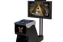 arcade video game (bowling)