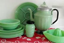 Kitchenware of the '20s,'30s and '40s / Vintage kitchenware, depression glass, bakelite, and jadeite.