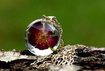 Red flowers jewelry