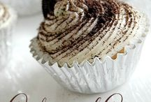 Cakes & Slices / Cakes & Slices