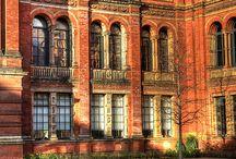 VENUE | Victoria & Albert Museum / Iconic Cultural Venue in South Kensington