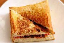 Roti / Simak panduan rahasia cara masak olahan aneka roti yang sangat sederhana namun memiliki rasa yang sangat enak.