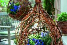 Blumenampel aus Weidenzweige