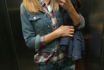 jeans oufits / black jeans, denim shirt,