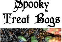 Halloweeeeeen / Halloween themed treats, decor and more / by Jennifer Andrews | Ricotta & Radishes