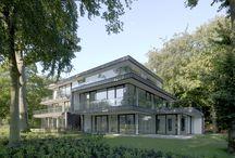 Duinbeek Bloemendaal / Duinvilla met vijf appartementen