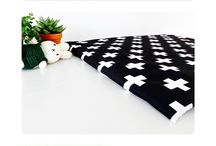 Boxkleden   Baby Kinder Kamer Design Producten   Zwart Wit   ChubbyCarrot / Voor meer boxkleden en baby producten kijk op www.ChubbyCarrot.com