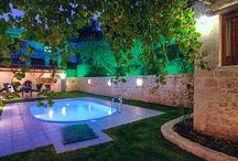 Alexander Villa on the Web / Our listings on the Web!