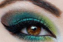 Make-up / by Dorrie Leeper