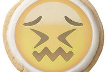 Confounded Face Emoji