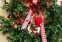 Wreaths / by réNové