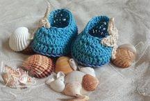 crochet baby shoes / by Leticia Nunez