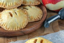 Hand Pies / by Connie Kupsch