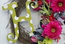 Home: Wreath Ideas / by Sarah Hintze