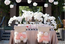 Centerpieces and Tablescapes / by Carol Kent