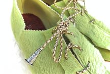 """Pistache / These pistachio colored shoes have what I call a """"live"""" edge along the tile line."""