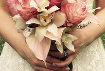 Ocean and flowers Hawaii wedding