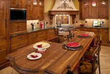 Tuscan home designs / by Rebecca Cherry