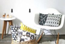 T-Leaf Collections Cushions