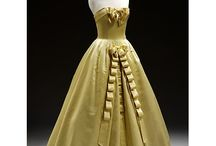 Cool dresses... I was born in the wrong era