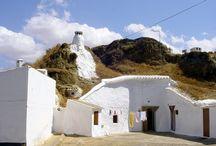 Troglodyte caves / Troglodyte cave houses