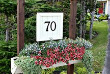 House number holders