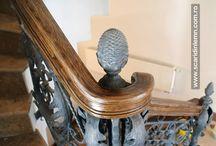 Scara interioara cu 17 metri liniari de mana curenta continua curbata, din lemn masiv / http://www.scaridinlemn.com.ro