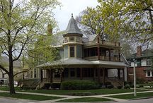 Victorian Homes / Victorian homes have captured my imagination since childhood.  / by Kerri Avery