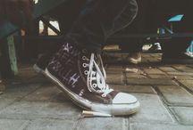 Chucks / Converse tee hee