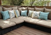 Pallet Couch / pallet couch plans for living room. DIY wooden pallet couch are best for interior and exterior use.