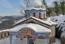 Манастири и църкви / by Mariya Ivanova