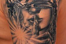 Tetoválóművészek