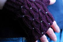 Knitting - Gloves / by Lori Starr Vissers