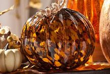 Fall decor and holiday ideas / Celebrating all things FALL
