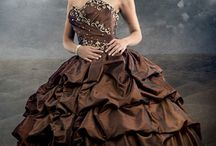 Dresses / by Jenniffer Coomes