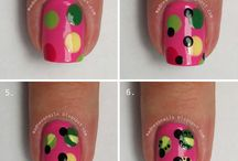 Nail Tutorials - Guest Posts / Fabulous Nail Tutorials by fellow bloggers Ordinary Misfit and Madness Nail