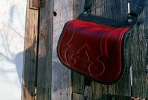 Embossed bags   ( www.steixnerleatherart.com) / HERITAGE IN LEATHER Does it disturb you that we live in a world of dozens of products, and there is no real uniqueness among  clothes and accessories? You can't avoid from time to time  meeting with the same products over and over again. Fortunately the uniqueness  is not a question of money now. You need notions, and you have to know yourself, and show it to others.