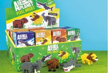 Animal Planet Pixel Bricks Sets / Anyone ever see these items? Are they compatible with Nanoblock? I guess should be smaller than Nanoblock and can combine with the Oxford Korea pixel bricks only.  But anyway, is licensed items as they said.