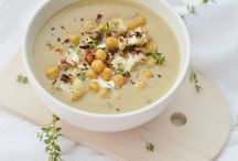 soup + chili / A soup for every season! Because nothing beats cooking once and eating more than twice and there's nothing more comforting than a warm bowl of soup! soup recipes, chili recipes, healthy soup recipes, vegetarian soup recipes, crockpot recipes, dinner recipes, winter soup recipes, light and healthy soup recipes, easy soup recipes