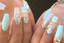Inspiration ongles / Inspiration ongles résine, ongles gel, ongles acrylique  #ongles #nails