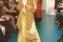 Bouton d'or / Marie-Jeanne Smeets La MODE En ART présente son modèle Bouton d'or