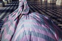 AMAZING DRESS / by Mercedes Navarro