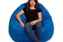 LARGE BEAN BAG CHAIRS / Our bean bag chairs and Royal sacks are designed with the highest safety standards in mind. Because of this, you and your family can enjoy the comfort of these amazing chairs, without worrying about safety. The zippers on the removable covers of both the bean bag chairs and Royal sacks are covered by a special patch that prevent children from being able to get into the bean bag chairs.