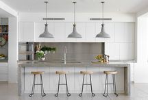 Kitchen  / White