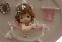 bambina in vasca