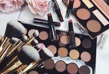 kosmetika / Moje nástěnka je zejména o kosmetice, módě, zvířatech, dezertech, ale i módních doplňcích.