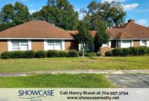Charming brick #homeforsale on a prestigious corner lot in Pageland! / Eat-in kitchen, master suite and attached 3-car garage are included in this #homeforsale in Pageland, SC. Book to view this property by calling #ShowcaseRealty at 704.997.3794 Book to view 305 E McGregor Street Pageland SC 29728. #SCRealtors  For more photos and details on this home, visit: http://bit.ly/2k7NJwq