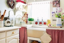Kitchens / by Angie Kennedy
