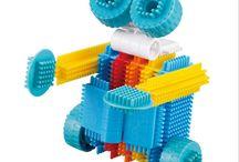 Конструкторы, развивающие игрушки, игры