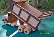 Mobil Mainan dari kayu